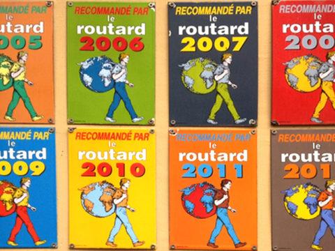 Plaques guide du routard du Mouton Blanc, Calais.